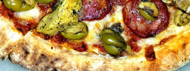 Bachelor Dinners #2 – Anchovy Stuffed Olive Pizza